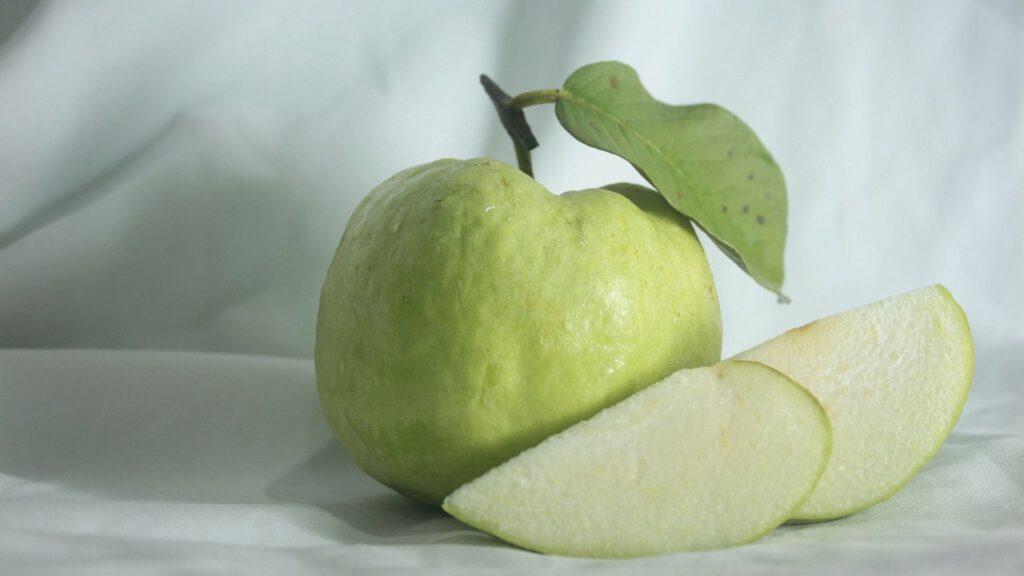 ผลไม้โปรตีนสูง